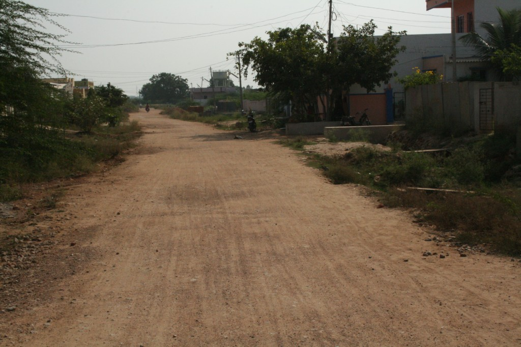 the dirt road that deteriorated into a dirt track...