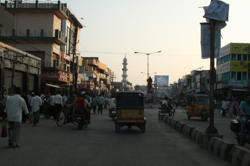 entering hindupur