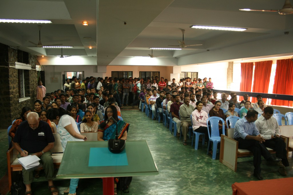 packed hall at kohlapur college!