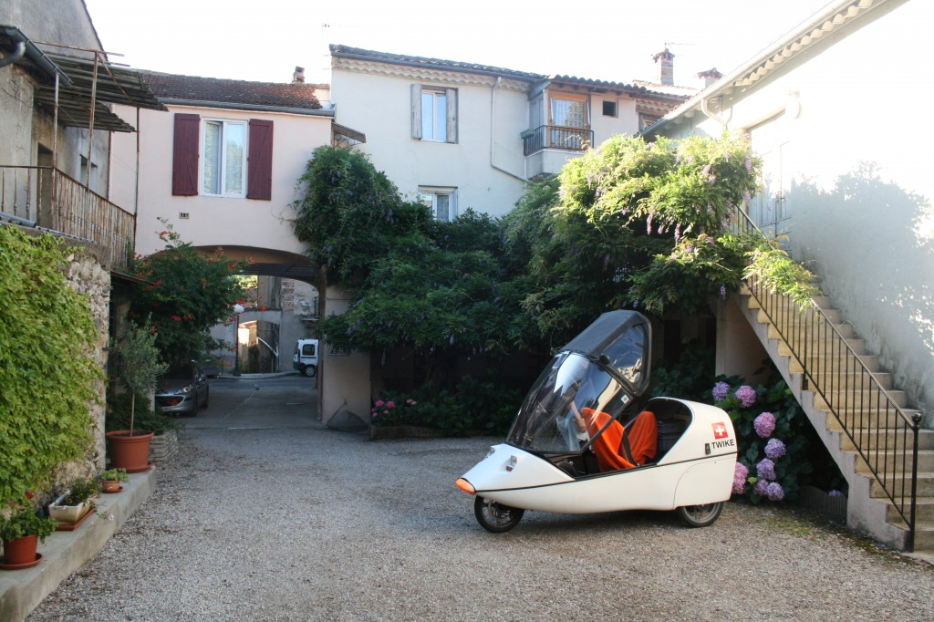 our small hotel where our TWIKE was parked just outside our rooms