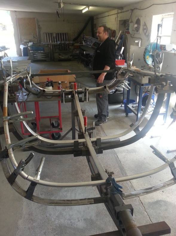 TWIKE canopy assembly - high degree of manual work required