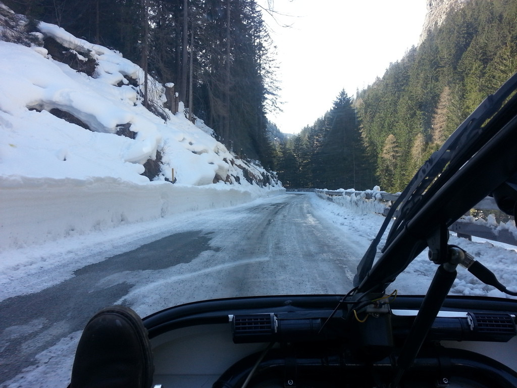 aaah. snow & ice! that's why ther aren't any motorbikes around!