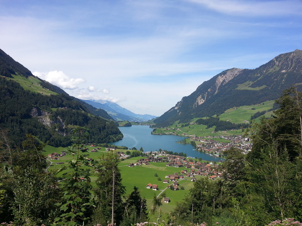 Postcard Switzerland: Lake Lungern