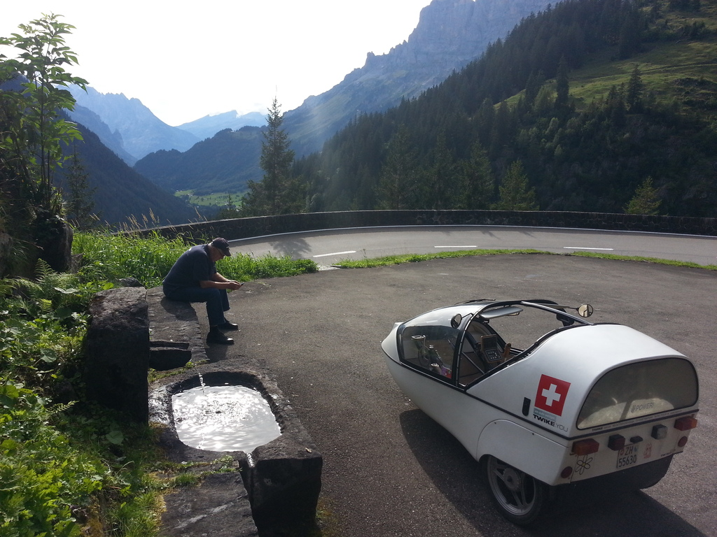 let's cool the motor for a quick moment...  and enjoy the view.