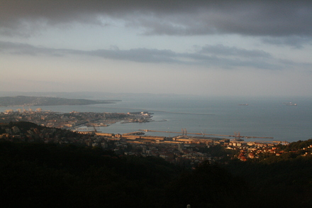 a last greeting from early morning trieste