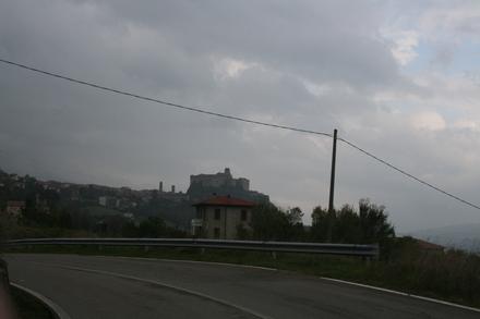 bardi castle beckons