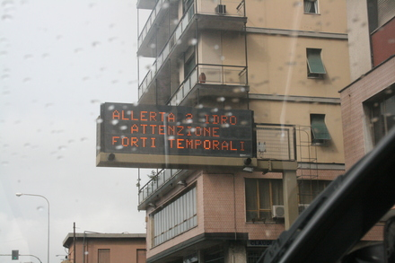 level 2 flood warning in genova