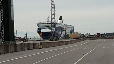 helsinki > tallin - TW560's ferry arrives