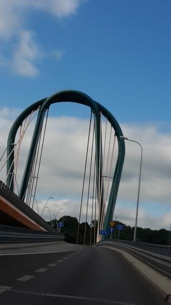 bromberg's  weird bridge design