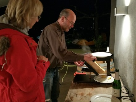 Raclette, hands-on and how it should be prepared