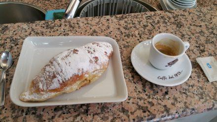 Cornetto and coffee