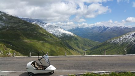 Climbing Furka - Oberalp in the background