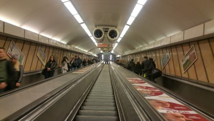 During TW560's charge: Budapest Metro