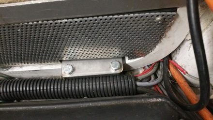 Upper part of clamp, Tidy assembly.