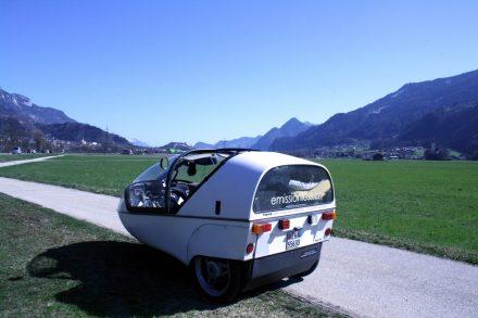 One-lane road to Innsbruck