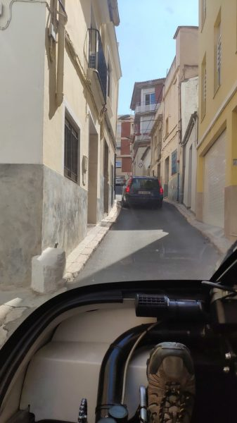Liria, old town, tight roads