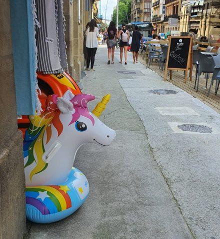 Unicorns lurking everywhere!