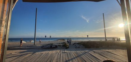 Having a drink at the sea...20 minutes from central Lisbon