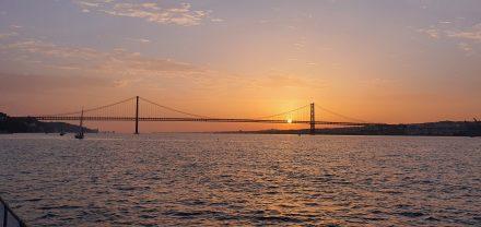 Sunset over 25 April Bridge