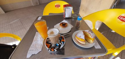 Last breakfast in Portugal